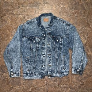 Vtg 90s  Levi denim acid wash trucker jean jacket